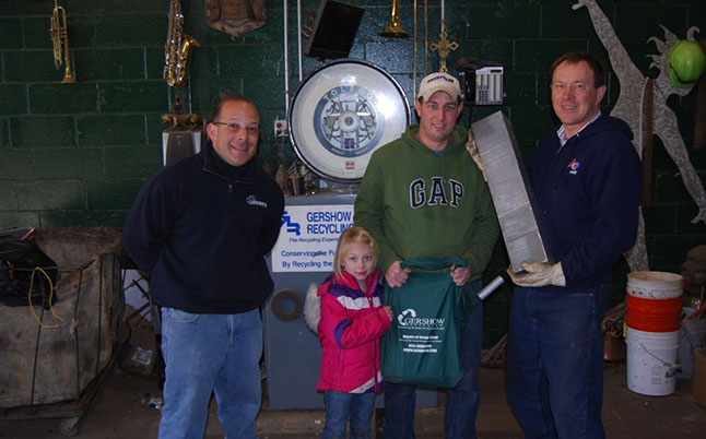 Gershow Recycling Donates Aluminum Scrap to Westhampton Beach Robotics Team