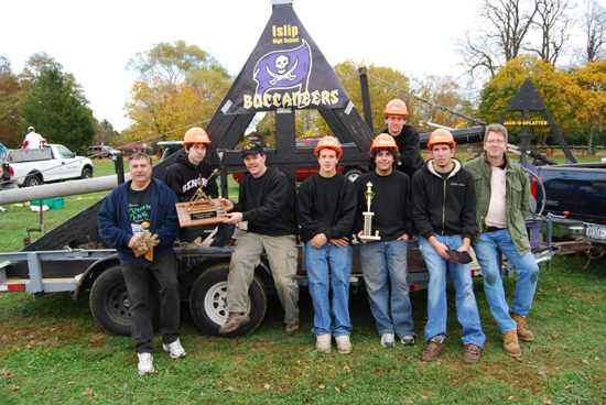 Gershow Recycling Supports Winner of Pumpkin Flinging Contest