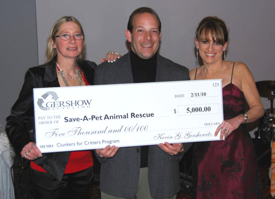 Save-A-Pet Receives $5,000 Grant from Gershow Recycling  for Clunkers for Critters Program